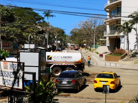 Langosta Tamarindo road work.jpg